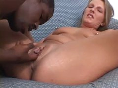 Dark guy pumps a hot cunt with BBC
