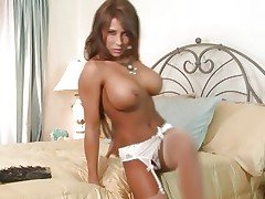 Pretty Madison Ivy shows of her perfectly round tits