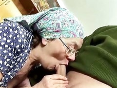 Old pair fuck with great excitement