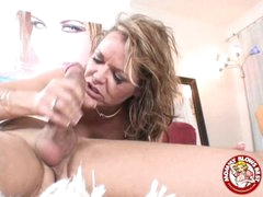 Messy Sexy Kelly Leigh Could Not Expect To Taste Her Reward Spurting On Her Face hole