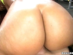 Gymnasim Gazoo Pounding! w/ Jessica Dawn &  Julissa James