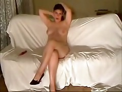 This curvy fem felt very shy posing before her BF's webcam at 1st but then that sweetheart relaxed and teased him with her full boobs and soaking pussy.